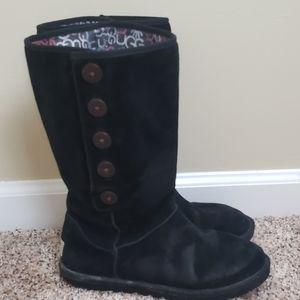 UGG Lo Pro Black Sheepskin Foldover boots size 8